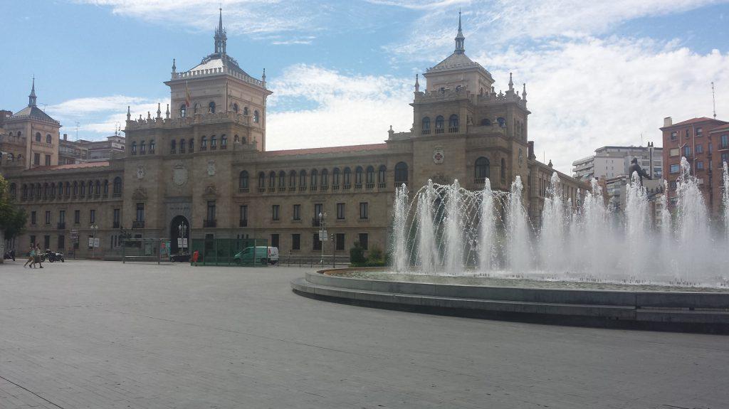 Námestie Plaza de Zorilla, Valladolid, Španielsko