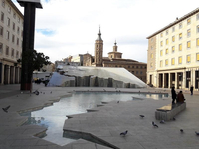 Fontána Fuente de la Hispanidad, Zaragoza (Španielsko)