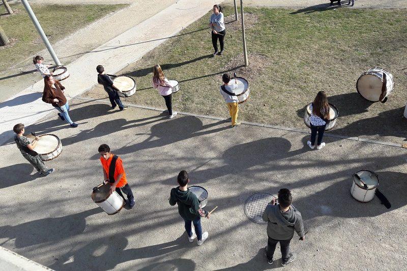 Nácvik bubnovej šou v Parque de Aqua v Zaragoze