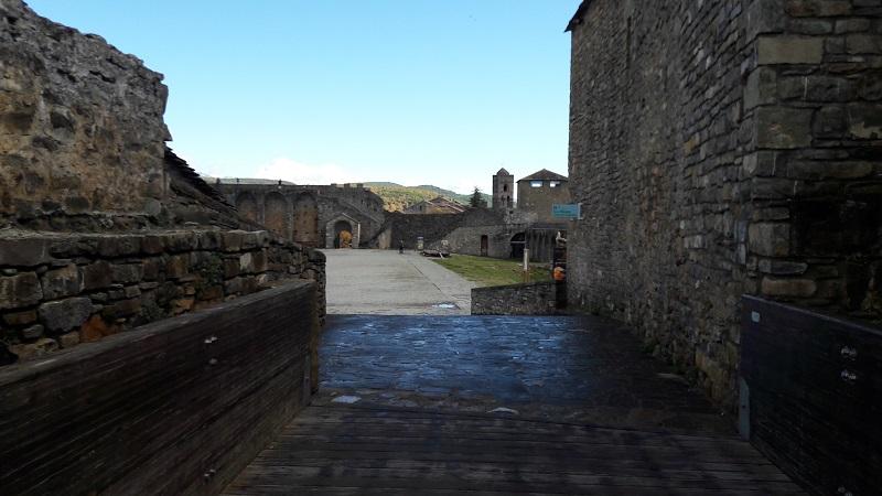 Castillo de Aínsa nadvorie