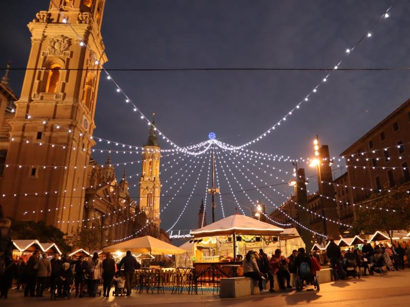 Vianocne trhy v Zaragoze
