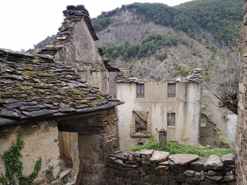Opustena dedina v Pyrenejach