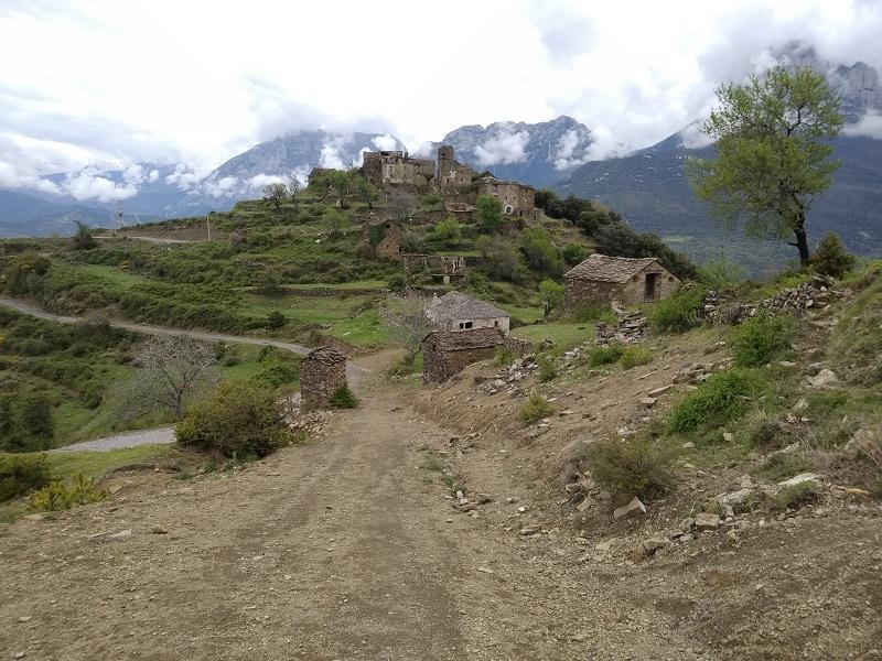 Vyhlad na dedinu Muro de Bellos
