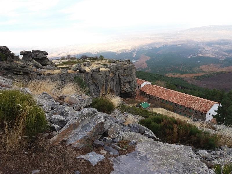 zaciatok vystupu na Moncayo zo Santuario del Moncayo