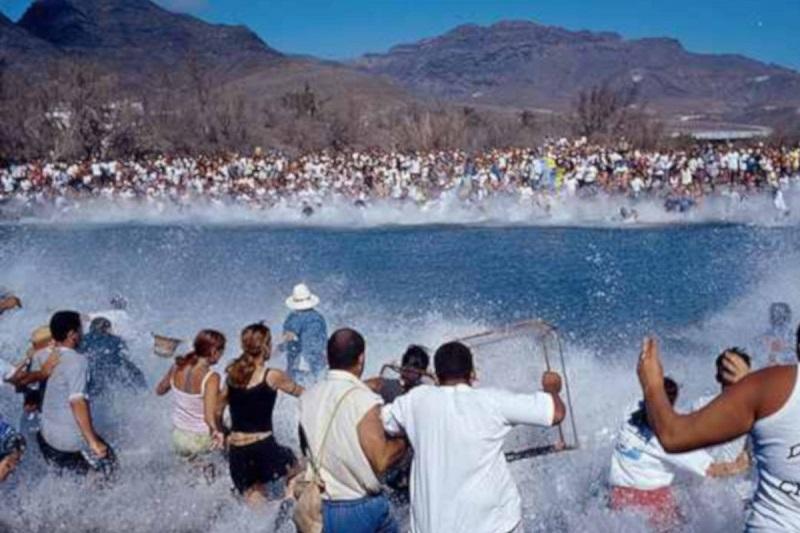 Fiesta del Charco v La Aldea de San Nicolas
