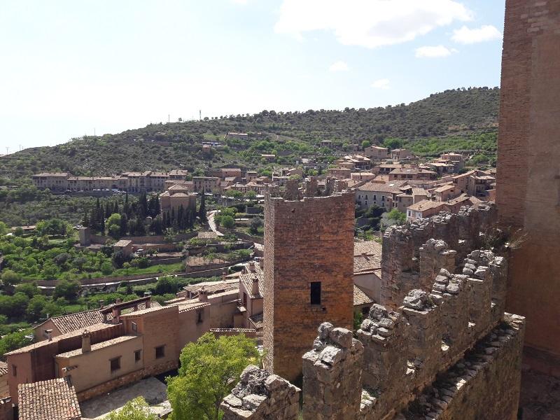 Hradby hradu a kláštora Castillo de Alguézar Aragónsko