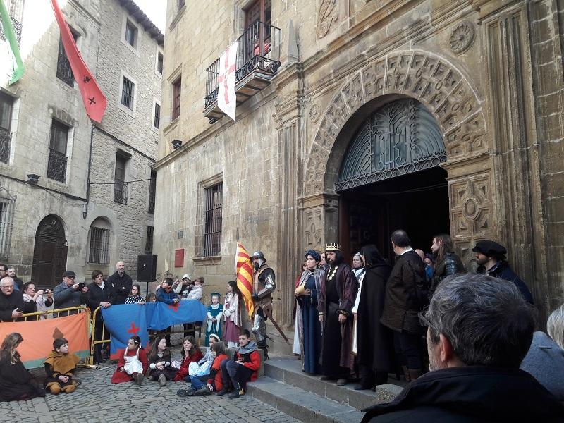 Oslavy obce Castillo de Sos del Rey Católico Spanielsko