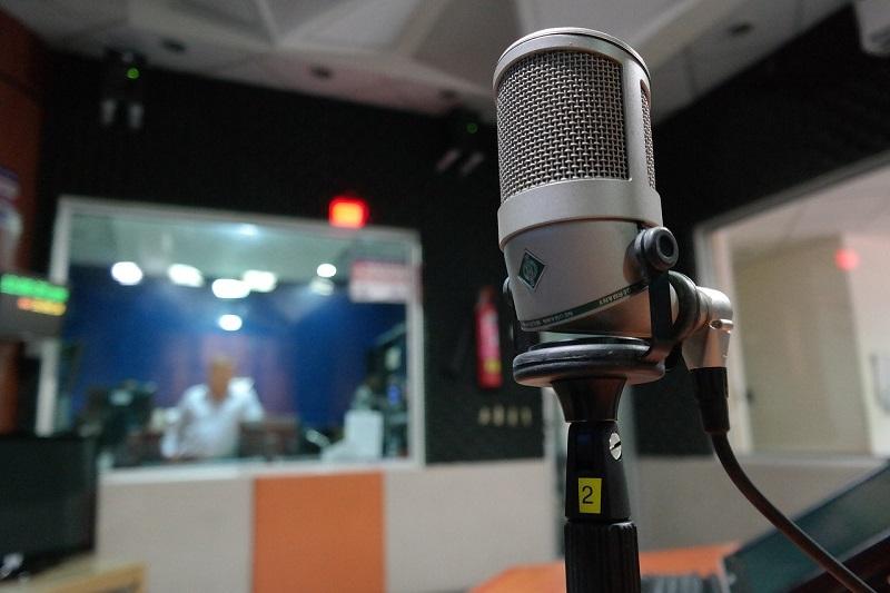 Počúvanie rádia španielske slovíčka